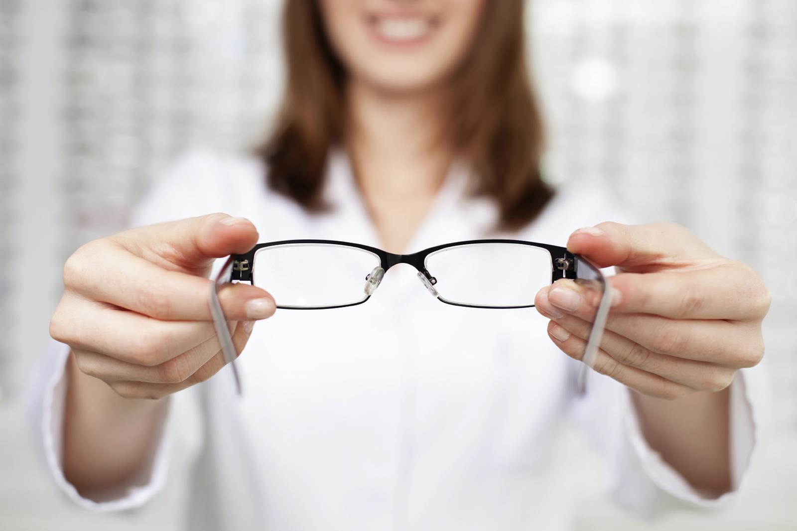 Plano eyeglasses