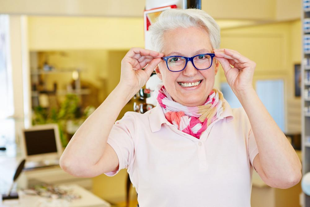 Woman visiting a Plano optometrist